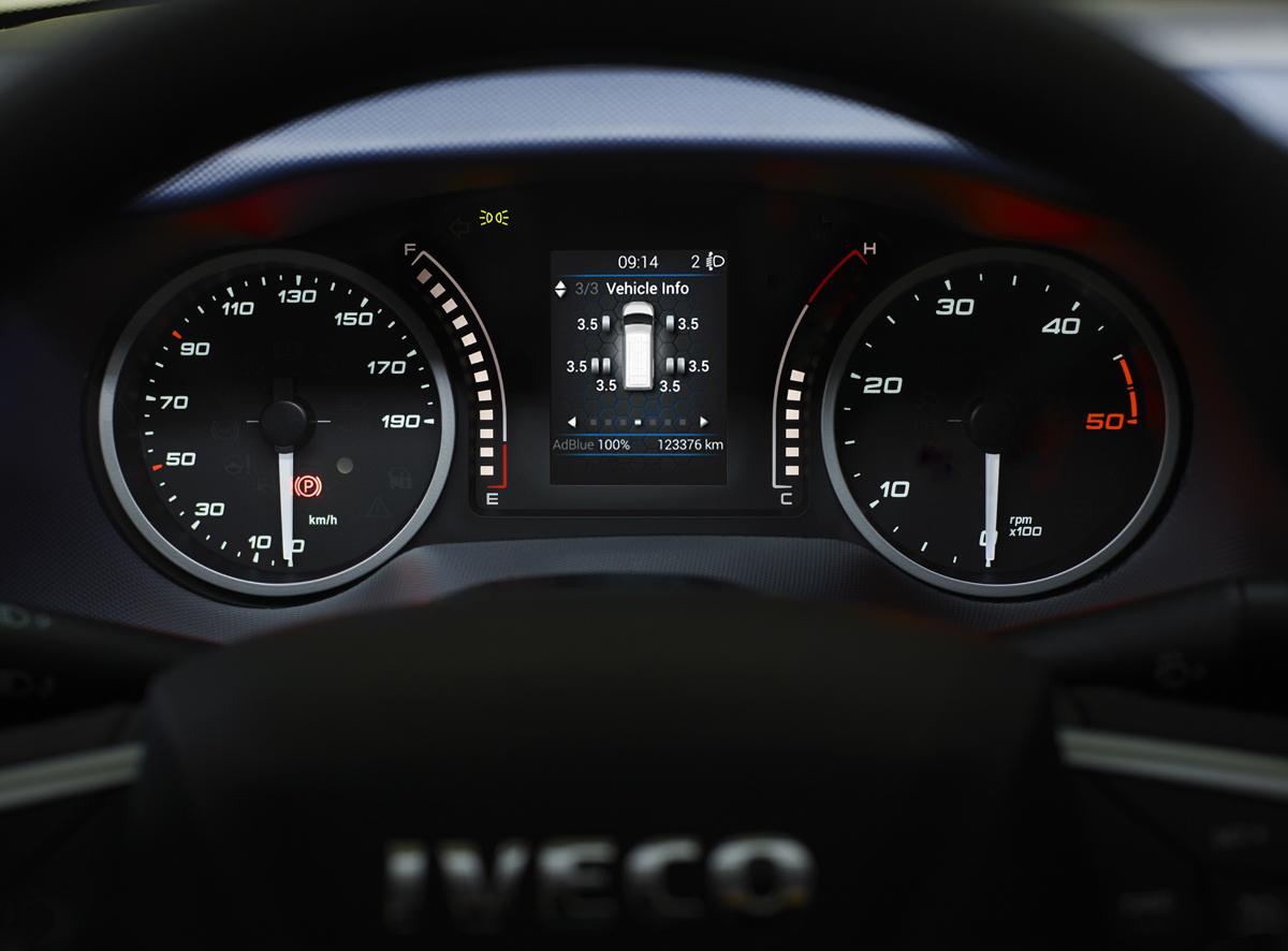 iveco-new-daily-van-6